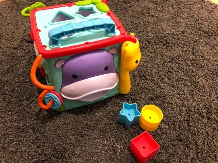 1歳半 知育玩具 おもちゃ おすすめ